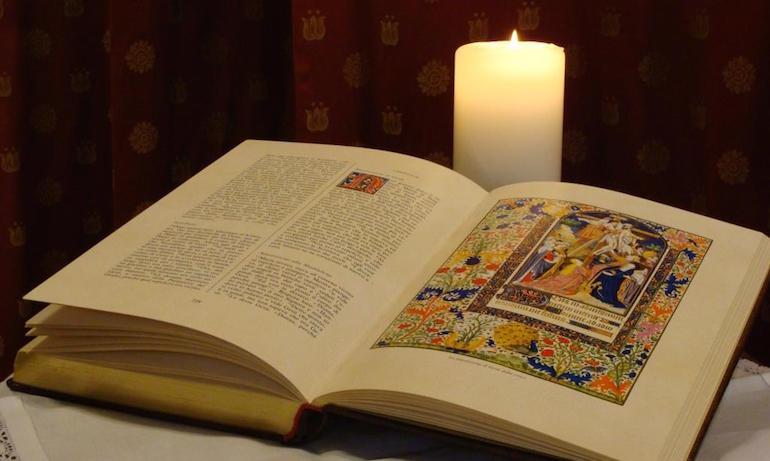 Exploit-della-Bibbia-Ma-quanti-la-tengono-in-tasca-come-suggerisce-Papa-Francesco